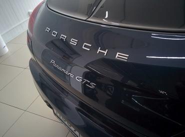 Установка телевидения и Android навигации Porsche Panamera