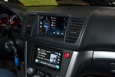 Установка аудиосистемы и планшета в Subaru Legacy Outback