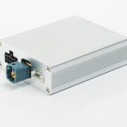 купить и установить видеоинтерфейс AVEL AVS02i (#02) для подключения камер переднего и заднего вида к заводскому ГУ для Audi и Volkswagen в ДОЛКАР