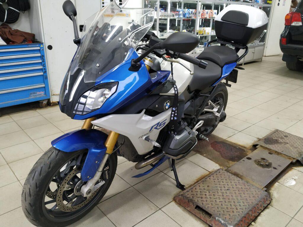 мотоцикл BMW R1200RS