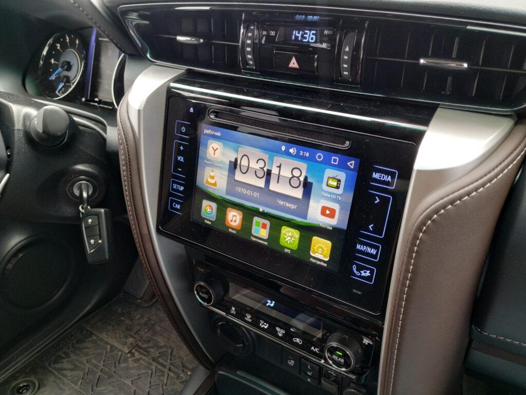 carplay Toyota Fortuner